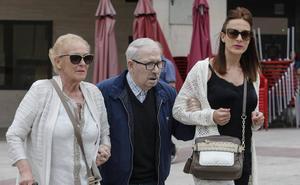 'Caso Villa': «Nos arreglamos como podemos con la pensión de jubilación»