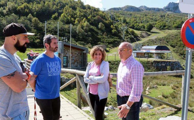 Deportes analizará la «opción» de la fusión de pistas de Fuentes y San Isidro
