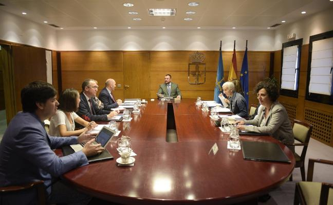 El Principado considera que el 10-N «perjudica seriamente» a Asturias