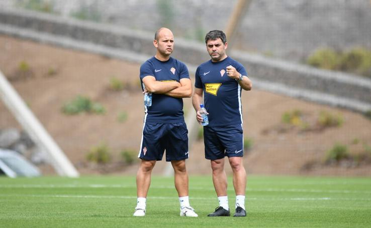 El Sporting entrena en Las Palmas antes de su regreso