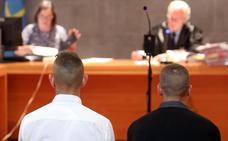 Tres años y nueve meses de cárcel para los atracadores de un estanco en Trubia