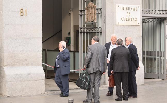 El fiscal considera que El Musel pagó 135 millones «sin soporte jurídico»
