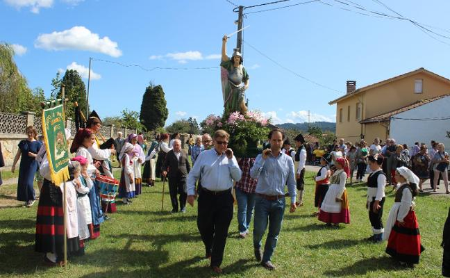 San Miguel alarga el verano en Arroes