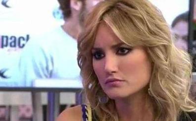 La reacción de Alba Carrillo al ver la foto de la boda de Feliciano López y Sandra Gago