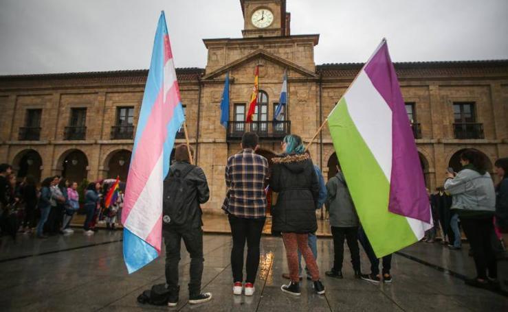 Asturias muestra su repulsa por el crimen de Paloma Barreto
