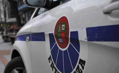 Detenidos tres individuos en Bilbao acusados de violar y retener a una mujer en una vivienda