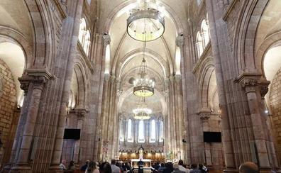 La basílica de Covadonga estrena iluminación