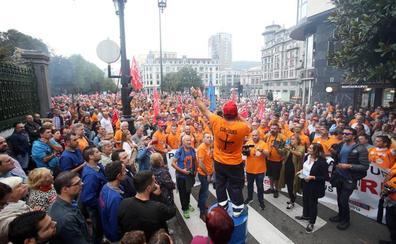 Apoyo masivo a la marcha de los trabajadores de Vesuvius