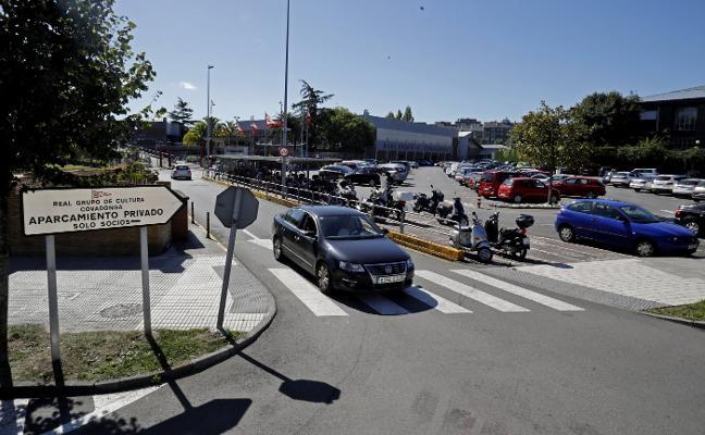 El Grupo instalará barreras para controlar el acceso de vehículos al aparcamiento
