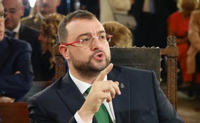 Adrián Barbón: «La extrema derecha ha impedido hablar en asturiano en la Junta General del Principado»