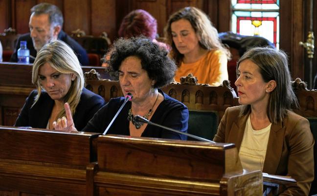 Primera bronca en el Parlamento por el uso de la llingua por parte de la consejera de Cultura