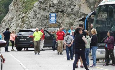 Fallece una vecina de Gijón al despeñarse 50 metros cuando realizaba la ruta del Cares