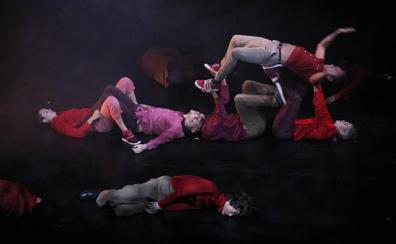 Danza Xixón llena de espectáculo la ciudad