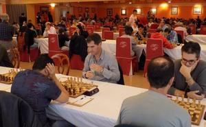 Álvarez, Bajo y Cuevas, colíderes del Campeonato de Asturias de ajedrez