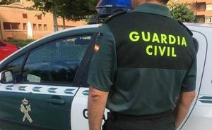 La Guardia Civil detiene a un vecino de Mieres por apuñalar a un hombre en León