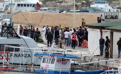 Trece muertos y quince desaparecidos en un nuevo naufragio frente a Lampedusa