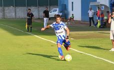 El Real Avilés logra ante el Ceares su primera victoria de la temporada (2 - 3)