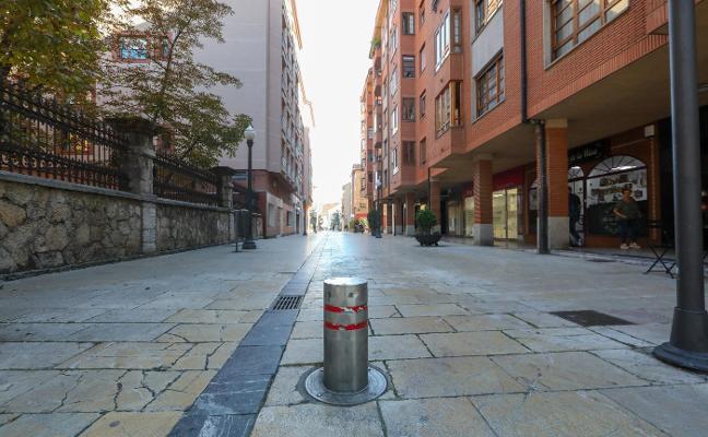 Comerciantes de Sánchez Calvo piden el traslado del bolardo de Julia de la Riva