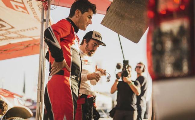 El libro de ruta castiga a Alonso