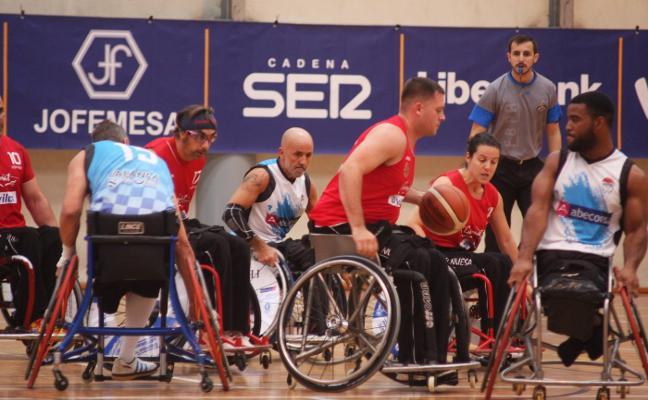 El Garmat Avilés planta cara al Ferrol en el XXV Trofeo Villa de Avilés