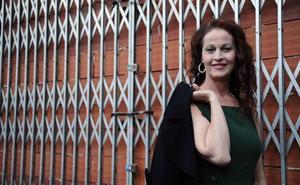Carla Antonelli, distinguida con el XXIII Premio Purificación Tomás de la Agrupación Socialista de Oviedo
