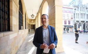 Javier Cuesta niega que el tripartito dejase proyectos por 35 millones de euros