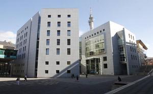 En busca y captura el acusado de abusar sexualmente de siete menores en Oviedo al no presentarse en el juicio