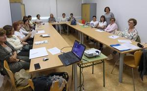 La concejalía de Igualdad imparte siete talleres con perspectiva de género