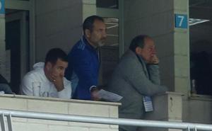 Carso da un golpe de timón en el Oviedo