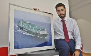 «El crecimiento del Puerto pasa por el contenedor. Deben ponerse las pilas»