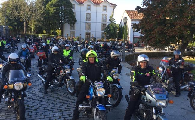 Las motos clásicas toman las carreteras del Oriente