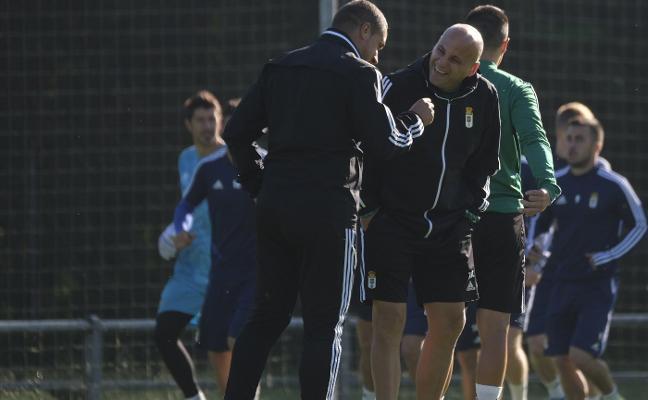 Real Oviedo | «Cada vez veo al equipo más convencido y más suelto»
