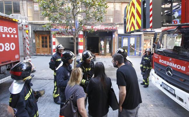 Un herido en un incendio iniciado en la cocina de La Mejillonera