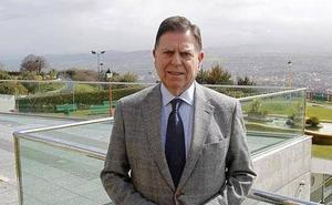 Alfredo Canteli a los trabajadores de Vesuvius: «Estoy con ellos a muerte»