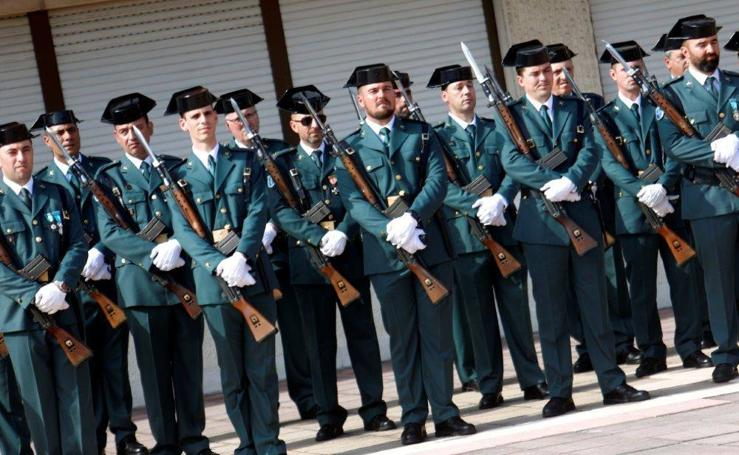 La Guardia Civil de Oviedo celebra el día del Pilar