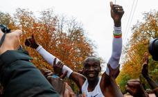 Eliud Kipchoge, primer atleta en bajar de dos horas en un maratón