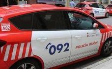 Dos detenidos tras volcar sus coches y dar positivo en Gijón