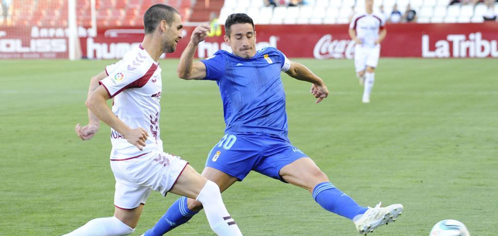 El Real Oviedo remonta en Albacete (1 - 2)