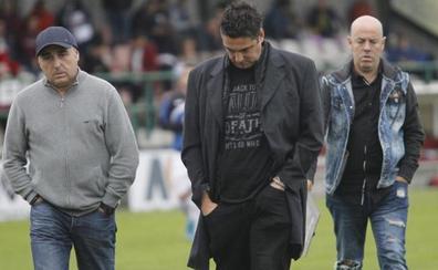 Viti Amaro, tras ser destituido como entrenador del Real Avilés: «Esto es fútbol y tengo que respetar la decisión del club»