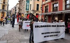 Concentración en apoyo al pueblo kurdo en Gijón