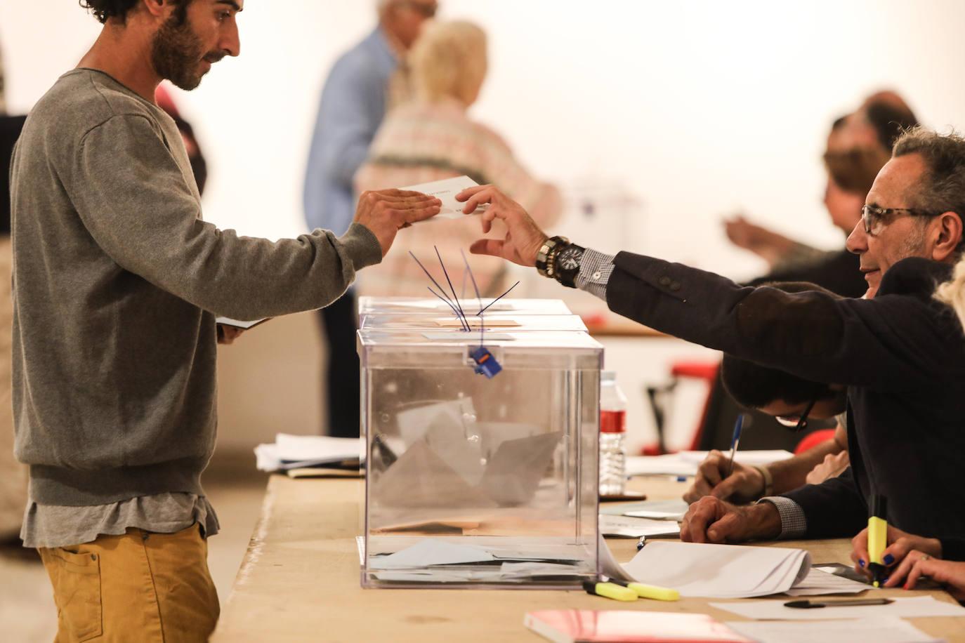 Avilés elige el miércoles a los miembros de las mesas electorales