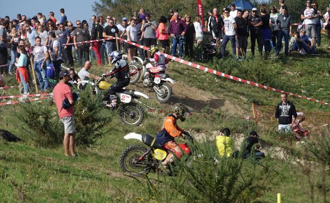 Motocross para despedir el Rally de Colombres