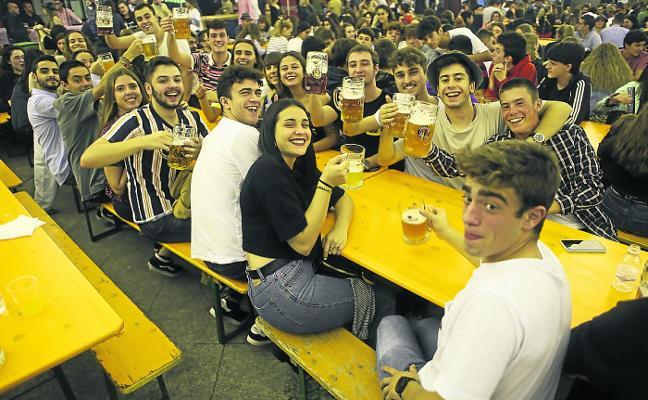 El Oktoberfest triunfa ajeno a la polémica sobre el cartel