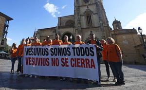 Los trabajadores de Vesuvius encerrados anuncian una huelga indefinida de hambre