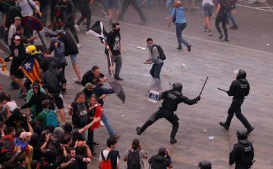 Uno de los heridos en las protestas de El Prat pierde un ojo