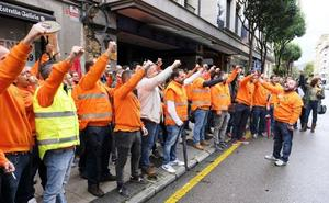 Los trabajadores de Vesuvius aceptan el cierre de la planta de Langreo