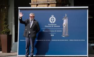 Premio Princesa de Asturias de Comunicación y Humanidades 2019 | Caluroso recibimiento a Miguel Falomir en Oviedo