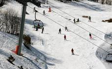 Asturias retoma el diálogo con León para unir las estaciones de esquí