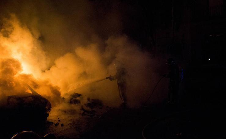Los disturbios en Cataluña, desde el objetivo de un fotógrafo asturiano