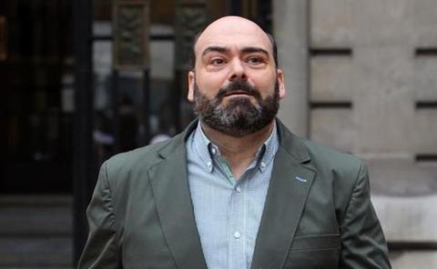 Caunedo da un golpe de timón y renueva la cúpula del PP de Oviedo